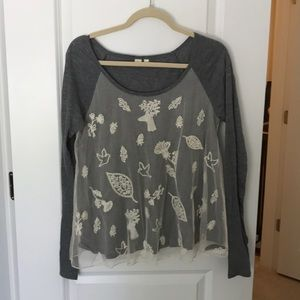 Gorgeous long sleeve top!